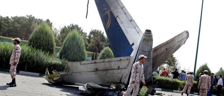крушение пассажирского самолета Иран-140 Taban Airlines  2014