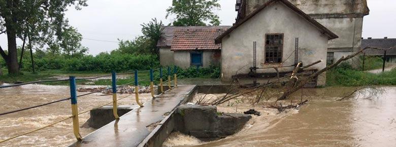 Паводки в западных областях Украины