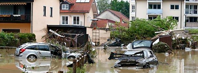 Страховщики оценивают ущерб от июньских ураганов и наводнений в Центральной и Юго-Восточной Европе