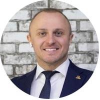 Михаил Фуфалько, директор 11 уровня, учредитель Старлайф