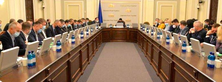 Финкомитет ВРУ рекомендовал депутатам принять во втором чтении три базовых законопроекта: о страховании, финуслугах и кредитных союзах